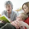 Мама, бабушка и ребенок